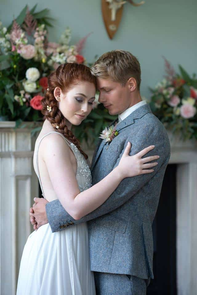 wedding-hair-and-makeup-clissold-house